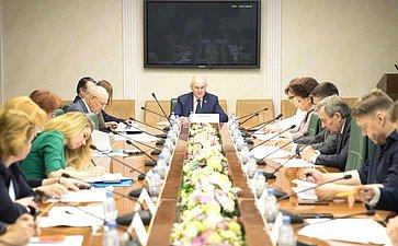 Заседание межкомитетской рабочей группы поразработке проекта федерального закона, устанавливающего правовые основы производства иоборота детского питания