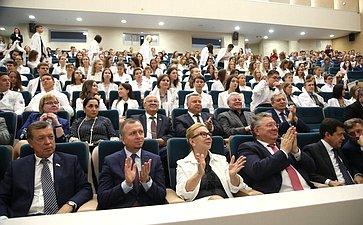 Председатель Совета Федерации посетила Национальный медицинский исследовательский центр имени В.А.Алмазова
