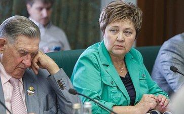 25-07-2014 Г. Николаева Cовещание Комитета общественной поддержки жителей Юго-Востока Украины по вопросу оказания помощи беженцам 15