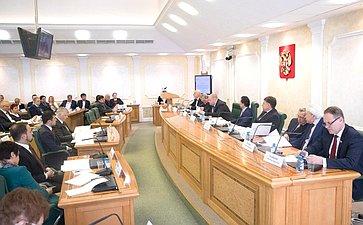 М. Кавджарадзе провел парламентские слушания натему «Совершенствование механизмов защиты прав граждан ироль адвокатуры вформировании основ правовой системы современной России»