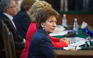 Г. Карелова наПервом заседании Совета попроблемам профилактики наркомании