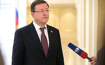 Брифинг Дмитрия Азарова поитогам VII Форума регионов Беларуси иРоссии