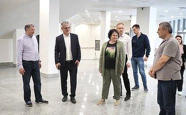 Анатолий Артамонов вКалуге ознакомился сходом работ воДворце спорта