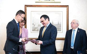 Встреча Николая Федорова сМинистром внешнеэкономических связей ииностранных дел Венгрии Петером Сийярто