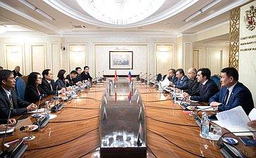 Встреча заместителя Председателя СФ Ильяса Умаханова сПредседателем ЦК Отечественного фронта Вьетнама Чан Тхань Маном