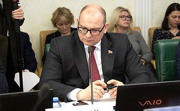 Константин Долгов