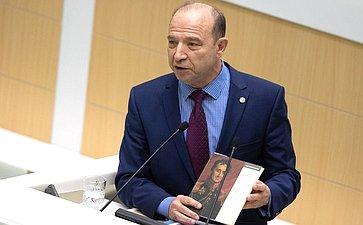 Владимир Квинт