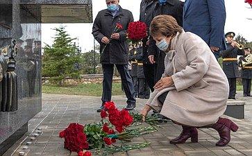 Екатерина Алтабаева иСергей Колбин приняли участие вмероприятиях, посвященных Дню Героев Отечества
