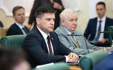 Юрий Архаров иВалерий Марков