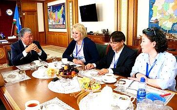Л. Гумерова провела встречу сруководством Программного комитета Международных интеллектуальных игр, проходящих вЯкутске