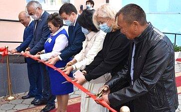 Баир Жамсуев принял участие вторжественных церемониях открытия модельной библиотеки Агинского района ипамятника ученому-востоковеду Цыбену Жамцарано