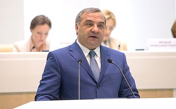 В. Пучков