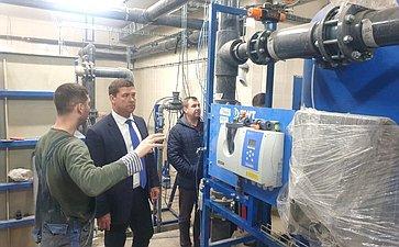 Андрей Чернышев входе поездки врегион проинспектировал строительство бассейна Братского государственного университета