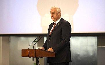 Председатель Совета Республики Национального собрания Республики Беларусь М.Мясникович