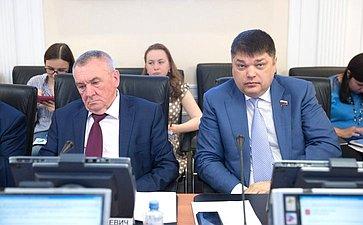 В. Бекетов иД. Василенко