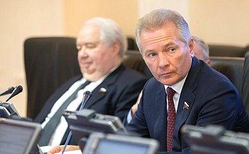 С. Кисляк иВ. Пономарев