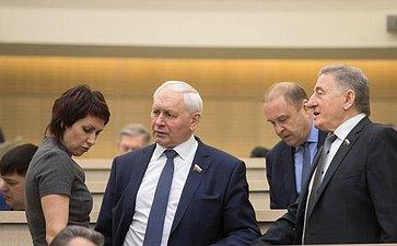 Т. Лебедева, Н. Тихомиров иС. Лукин