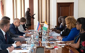 Встреча И.Умаханова сглавой Сената Кот-д'Ивуара