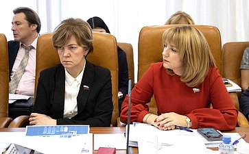 Елена Авдеева иГалина Солодун
