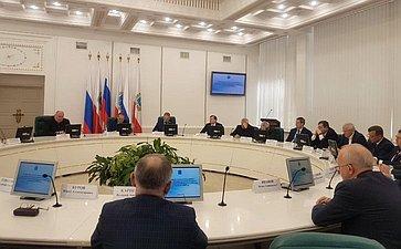 Сергей Аренин принял участие всовещании сруководителями предприятий оборонно-промышленного комплекса Саратовской области