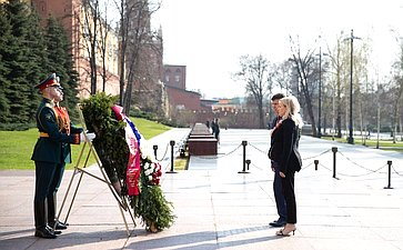 Мемориальная акция, посвященная 75-й годовщине освобождения Крыма отнемецко-фашистских захватчиков