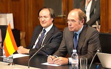 Председатель Совета Федерации В. Матвиенко встретилась сПредседателем Сената Генеральных кортесов Испании П. Гарсия-Эскудеро