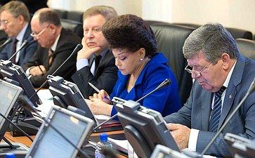 Совещание членов трехсторонней комиссии повопросам межбюджетных отношений отСовета Федерации