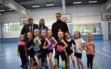 Эдуард Исаков встретился сколлективами двух крупных бюджетных спортивных учреждений Югры