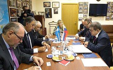 Встреча В.Джабарова спредседателем парламентской Группы дружбы сРоссийской Федерацией Национального Конгресса Аргентины Родольфо Хулио Уртубеем