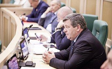 Валерий Семенов на 358 заседании Совета Федерации