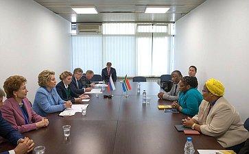 Встреча Председателя СФ В.Матвиенко сПредседателем Национального совета провинций ЮАР А.Масондо
