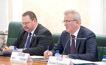 О. Мельниченко иИ. Белозерцев