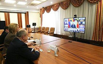 Участие сенаторов РФ взаседании Совета при Президенте РФ помежнациональным отношениям