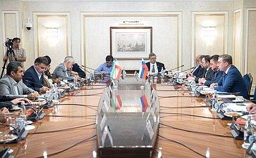 Встреча Д. Мезенцева спредседателем Комиссии поделам экономики Собрания исламского совета Исламской Республики Иран М.Пурэбрахими