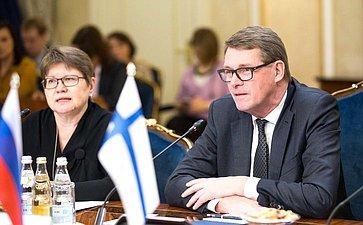 Встреча c делегацией Комитета помеждународным делам парламента Финляндии воглаве спредседателем комитета Матти Ванханеном