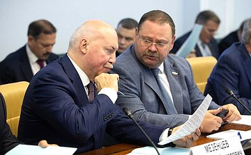 Дмитрий Мезенцев иОлег Мельниченко
