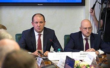А. Лаптев иВ. Попов