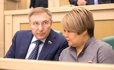А. Варфоломеев иТ. Мантатова