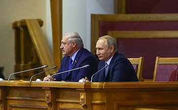 Президент Республики Беларусь Александр Лукашенко иПрезидент Российской Федерации Владимир Путин