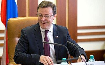 Д. Азаров назаседании Комитета пофедеративному устройству, региональной политике, местному самоуправлению иделам Севера