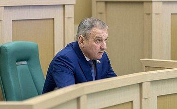 Глава заксобрания Кировской области В. Быков