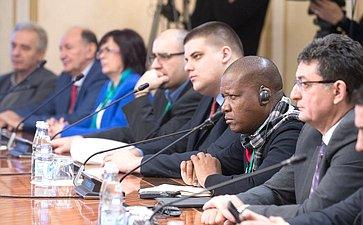 Встреча К. Косачева смеждународными наблюдателями