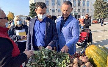 Олег Алексеев входе работы врегионе посетил Марксовский район