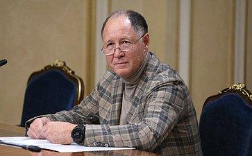 Виктор Абрамов