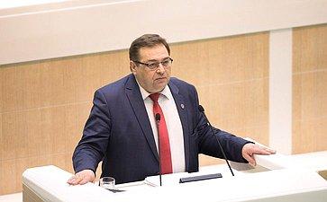 Ю. Петров