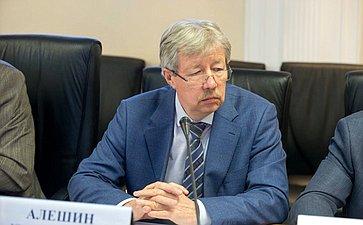 Юрий Алешин
