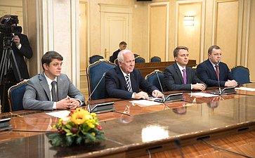 Встреча В. Матвиенко сруководителем Госкорпорации «Ростех» С.Чемезовым