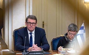 Встреча Валентины Матвиенко сПредседателем Парламента Финляндской Республики Матти Ванханеном