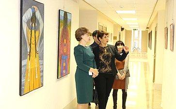 Т. Гигель открыла выставку Республики Алтай вСовете Федерации