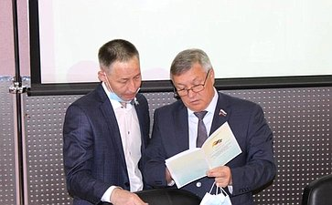 Сергей Михайлов принял участие втрадиционной августовской конференции работников образования региона, которое прошло вЧите